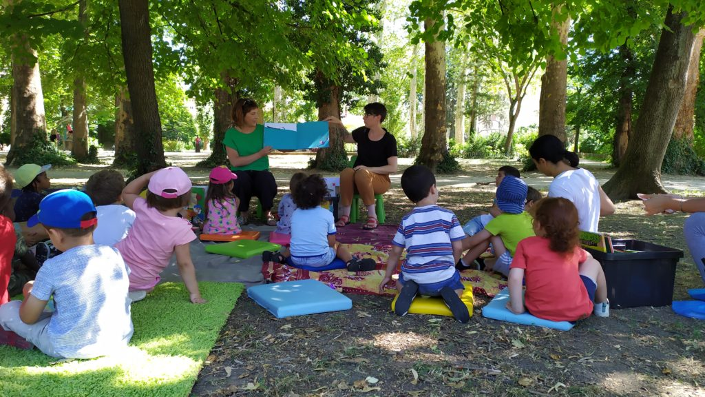 Lectures sous les arbres